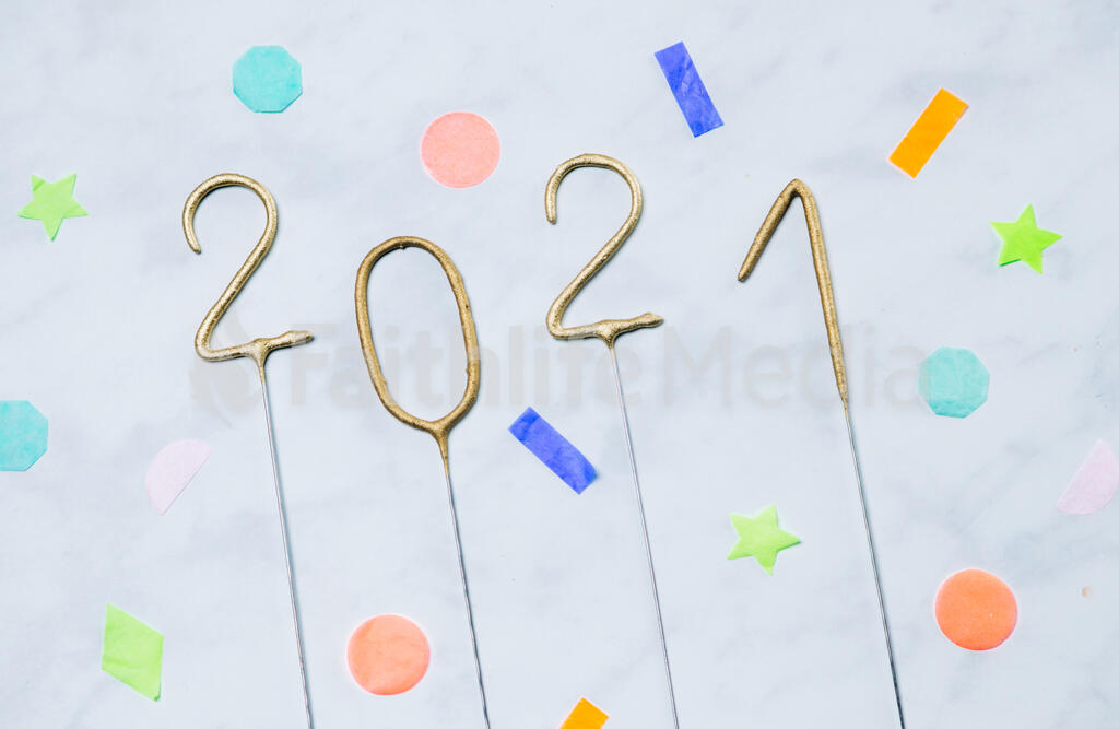 2021 Sparkler Candles with Confetti large preview