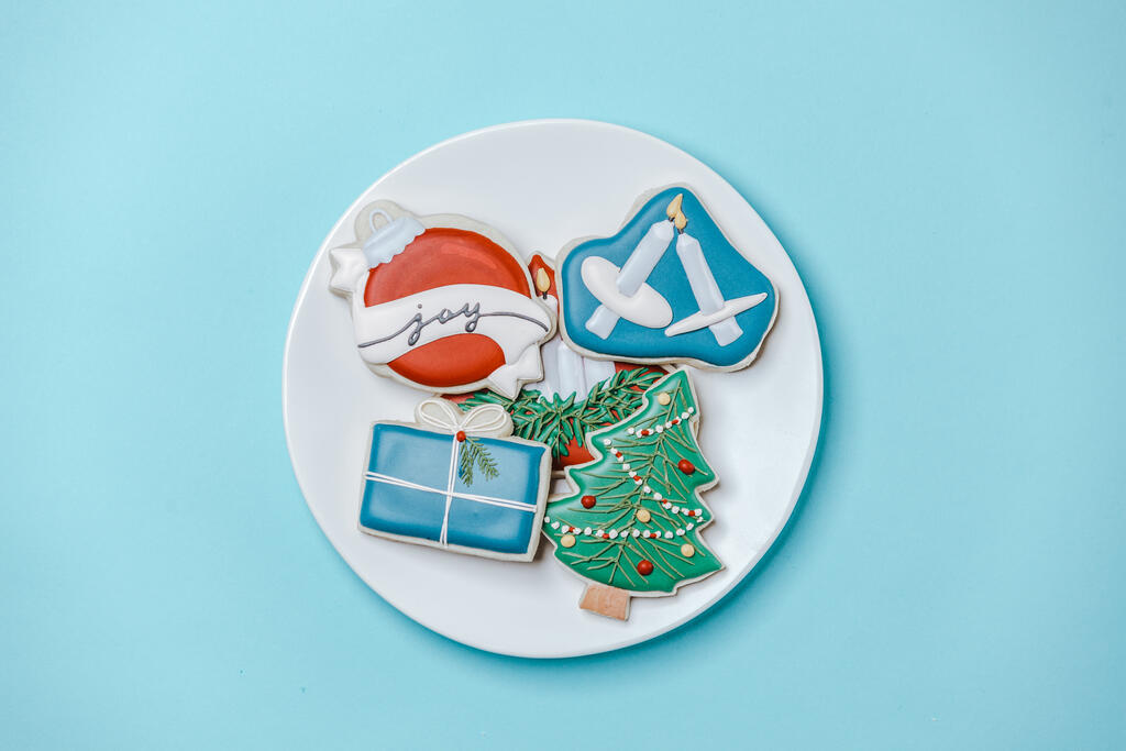 Plate of Christmas Cookies large preview