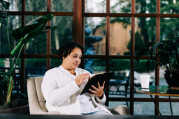 Woman Reading the Bible  image 5
