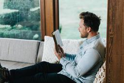 Man Reading the Bible  image 2