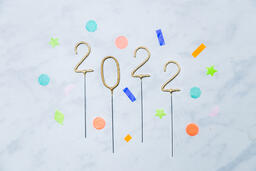 2022 Sparkler Candles with Confetti  image 3