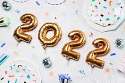 2022 New Year's Party Supplies  image 3