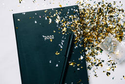 2022 Notebook with a Confetti Popper  image 3
