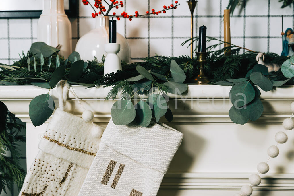 Fireplace Mantle with Stockings large preview