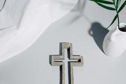 Stone Cross with Vase  image 3