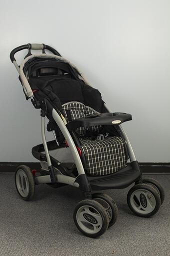 Stroller - Gray:Black
